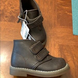 NWT-Toddler Boys Children's Place High-Top Shoes